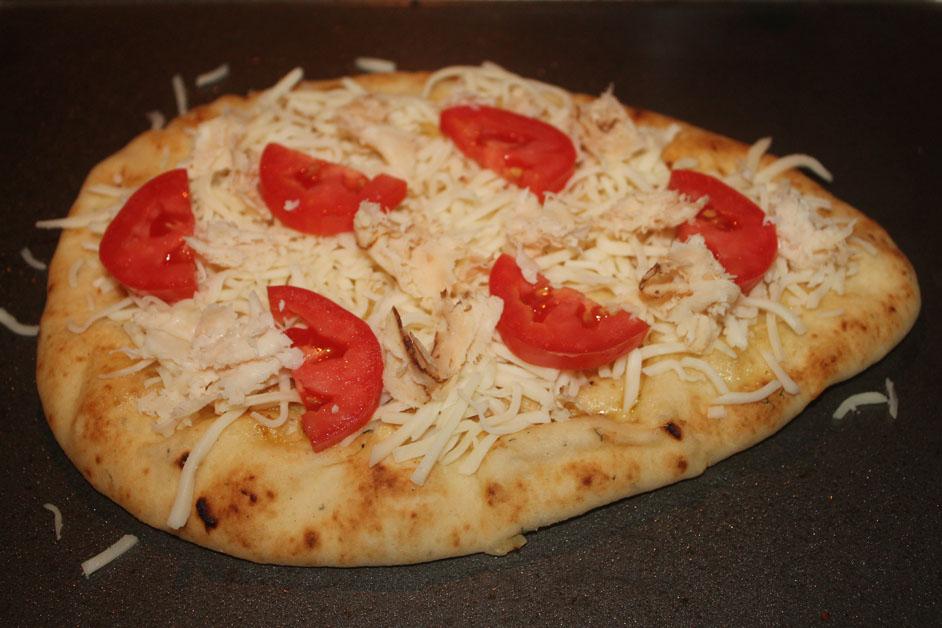 Chicken, Tomato & Onion Flatbread