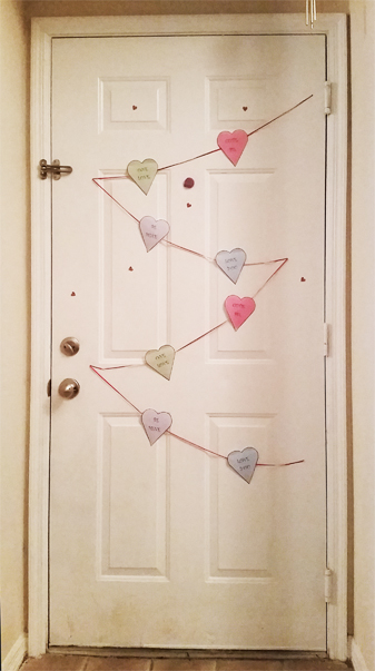 Conversation Hearts Banner {with FREE printable} | Bubbles and Glitter